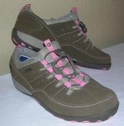 Продам женские кроссовки MЕRRELL WATERPROOF