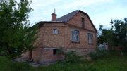 Цегляний будинок на Малорівненській