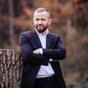 Ведучий Андрій Семенчук